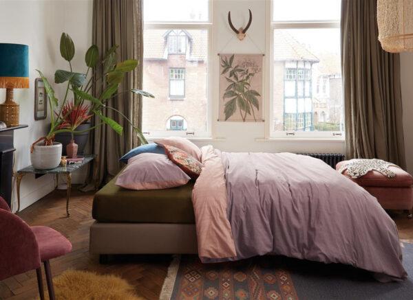 At Home by BeddingHouse dekbedovertrek All Lines lila